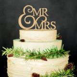 Unieke M. & Mevr. Wood Wedding Cake Topper