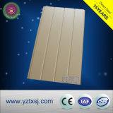 O composto de plástico de madeira WPC exterior do painel de revestimento de parede