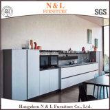 Armadio da cucina di legno della mobilia domestica di legno bianca di colore