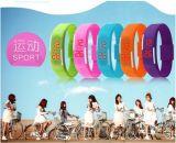 LEIDEN van het Silicone van de Sport van de Band van de Pols van de fabrikant Promotie Goedkope Horloge