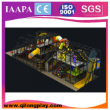 O campo de jogos de madeira caçoa interno (QL--031)