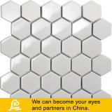 Mosaico de cerámica blanco hexagonal para la decoración y la piscina