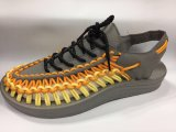 編まれるの2017の新しいデザイン伸縮性があるサンダルの靴