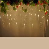 Vente en gros Ce & RoHS Approved Factory Supply 4m * 0.6m Christmas Xmas LED Icicle Curtain Light pour Outdoor Party Festival Décoration de mariage
