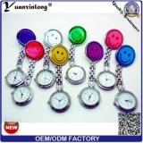 Yxl-955 venden al por mayor a doctor Medical Watches Iron Watches del reloj del metal de la sonrisa de los relojes luminosos de los relojes de la enfermera