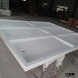 Bandeja de superfície contínua do chuveiro do banheiro da resina de pedra de Kingkonree