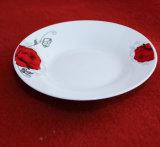 Articoli per la tavola rotondi di Shpe del fiore rosso/piatto di ceramica