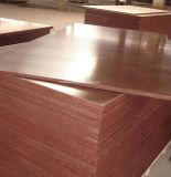 Le film rouge a fait face au contre-plaqué de faisceau de bois dur pour le marché indien