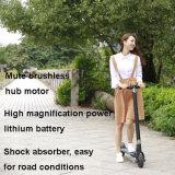 Kind-und Erwachsen-beweglicher Stoß-elektrischer Roller mit faltbarer Lenkstange