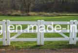 Rete fissa bianca dell'azienda agricola del cavallo dei 3 PVC resistente UV delle rotaie alberino e della guida