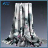 Heiße Verkaufs-Schale gedruckte Maschine, die 100% Silk Frauen-Schals säumt