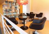 クロム回転式ベースが付いている家具製造販売業の待っている椅子
