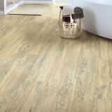Pavimentazione di superficie di legno del vinile per il salone
