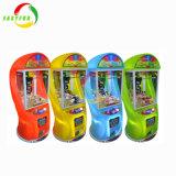 2018명의 최고 상자 2 다채로운 전기 아이 소형 사탕 선물 장난감 인형 클로 기계 기중기