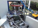 Papiercup, das Maschine herstellt