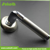 Het gouden Handvat Van uitstekende kwaliteit van de Deur van het Aluminium van de Schoonheid Binnenlandse skt-L006