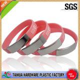 Wristband del metal con el SGS y la insignia modificada para requisitos particulares