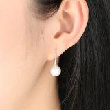 925 orecchini di goccia puri simulati rotondi eleganti della perla di amore dell'argento sterlina