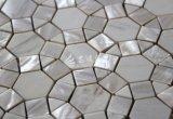 Shell de agua dulce y mosaico de mármol blanco