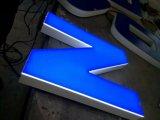 Peinture à l'aérosol en acier inoxydable Signature 3D en acier Couleur en bois Mode LED rétro-éclairé Signe de lettre de canal