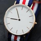 ナイロンバンドスチール・ケースの簡単なダイヤルの男女兼用の腕時計