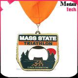 カスタマイズされた金によってめっきされるきらめきの柔らかいエナメルの連続したスポーツの金属メダル