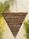 طبيعيّة ريفيّ سرخس وحبّ ذرة مثلّثي مخروط يشكّل يعلّب سلة