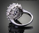 Form-Luxuxkristall schellt dunkelblauen weißen Kristallring J01800
