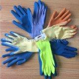 2ヤーンに塗る青い乳液Plamが付いているTcによって編まれる手袋