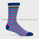 Тип способа в носке людей цвета нашивок более ярком