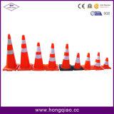 Cones pretos do tráfego do PVC da laranja