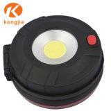 O LED de luz de trabalho magnético destacável sabugo pilhas AAA