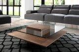 Glace de Pomotional et table basse carrées de Jesper en bois