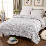 Kundenspezifische vorgewaschene haltbare bequeme Bettwäsche steppte die Bettdecke der Bettdecke-1-Piece, die für 33 eingestellt wurde