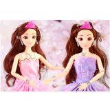 美しい女の子の装飾的な車のためのプラスチックBirbieの人形