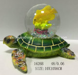 Harz-grüne Schildkröte mit Andenken-Schnee-Kugel