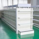 Diversos estantes de la góndola del estilo, sistema del estante del supermercado