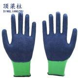 Перчатки Coated безопасности пены латекса работая для руки защитной