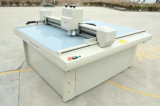 Motor servo del corte del gráfico automático de la máquina del cortador del rectángulo que arruga de papel