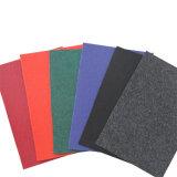 Exposición alfombra con muchos colores