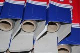 Hoja de papel de aluminio de color Premium rollo para una muestra gratis