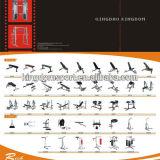 De kin op Apparatuur Bar/Fitness Equipment/Gym trekt Staaf uit