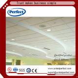 Tuiles acoustiques vertes de plafond de fibre de verre de matériaux de construction avec 600*600/600*1200