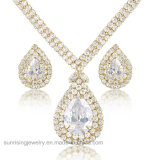 Reeks van de Juwelen van de Oorring van de manier de Goud Geplateerde en van het Huwelijk van het Kristal van de Halsband