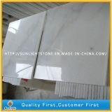 Telhas de mármore brancas chinesas Polished do revestimento/parede do banheiro de Guangxi do disconto