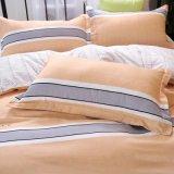 China de fábrica al por mayor impresas fabricación de ropa de cama de poliéster consolador establece
