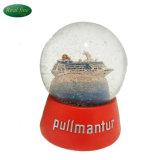 巡航のガラス地球の雪玉のツーリスト記念品をカスタム設計する