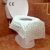 Imprimés de grande taille enfants utilisent des toilettes jetables de housses de siège