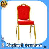 رخيصة يكدّر نوع ذهب حديد فولاذ كرسي تثبيت مع أحمر بناء وسادة