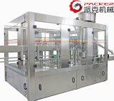 8000 Bph 자동적인 플라스틱 병에 의하여 탄화되는 음료 충전물 기계